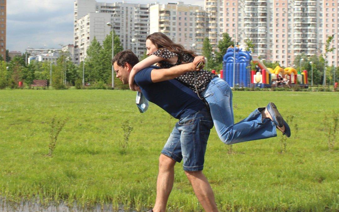 Les jeunes et la précarité: Un défi à relever